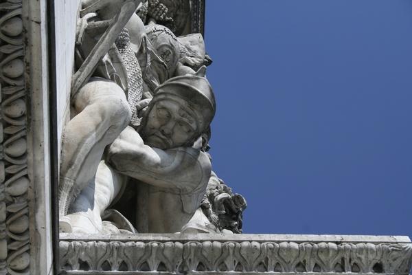 Statue on Arc de Triomphe